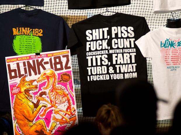 Blink 182 @ RNA Showgrounds, Friday 22 February 2013